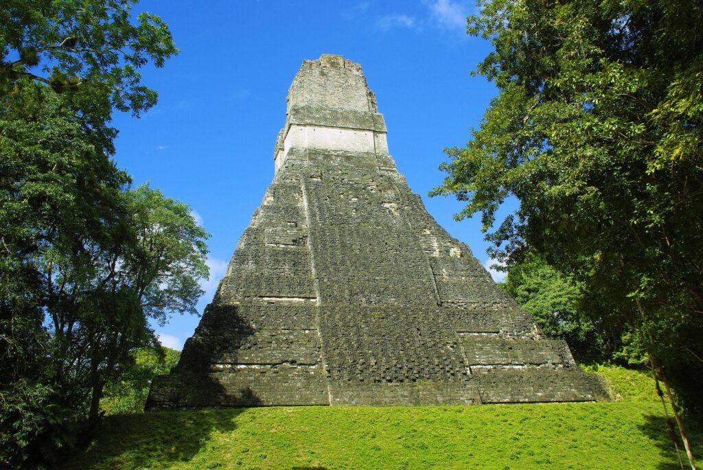 gwatemala-piraidy-mayow